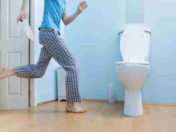 Giấc mơ thấy đi vệ sinh đánh số nào thì may mắn?