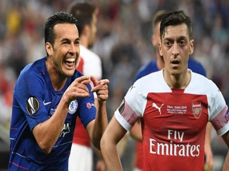 Arsenal sẽ thay máu sau thất bại: Chia tay Oezil, Mkhitaryan