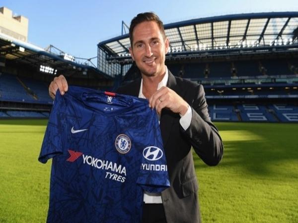 Chelsea chính thức bổ nhiệm Frank Lampard làm HVL trưởng