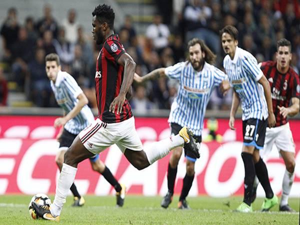 Nhận định tỷ lệ trận AC Milan vs Spal (3h00 ngày 1/11)