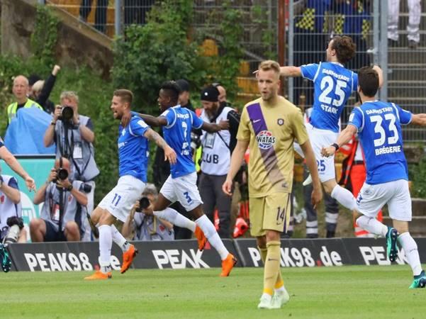 Nhận định tỷ lệ trận Karlsruher vs Erzgebirge (2h30 ngày 12/11)