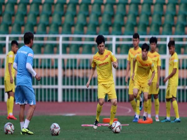HLV Park Hang Seo sẽ phải loại đi 5 cầu thủ U23 Việt Nam