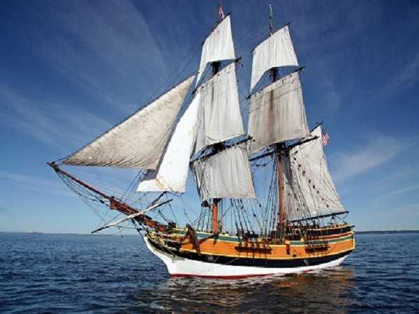 Mơ thấy tàu thuyền đánh số gì?