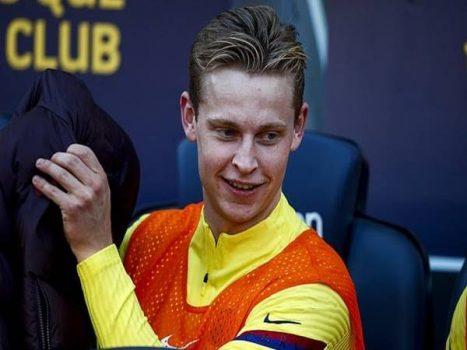 Juventus muốn Barcelona đặt De Jong lên bàn đàm phán vụ Pjanic