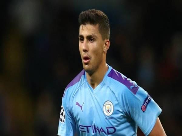 Sao Manchester City vẫn đặt niềm tin vào đội nhà còn cơ hội vô địch