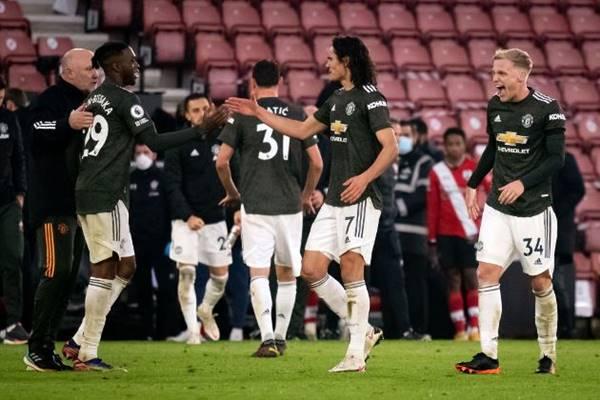 Bóng đá Anh sáng 1/12: Man Utd có đủ kinh nghiệm lẫn sức trẻ.