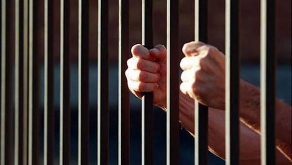 Nằm mơ thấy đi tù báo hiệu trước cho chúng ta biết điều gì