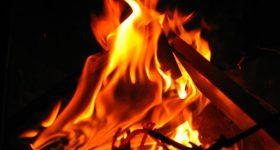 Nằm mơ thấy lửa có điềm báo gì, đánh con gì dễ trúng