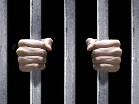 Mơ bị đi tù là điềm báo gì? Đánh cặp số nào thắng đậm?