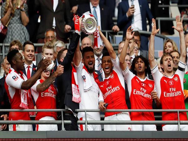 Arsenal vô địch Ngoại Hạng Anh bao nhiêu lần?